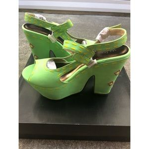Michael Antonio Chunky Platform Sandals sz 8.5